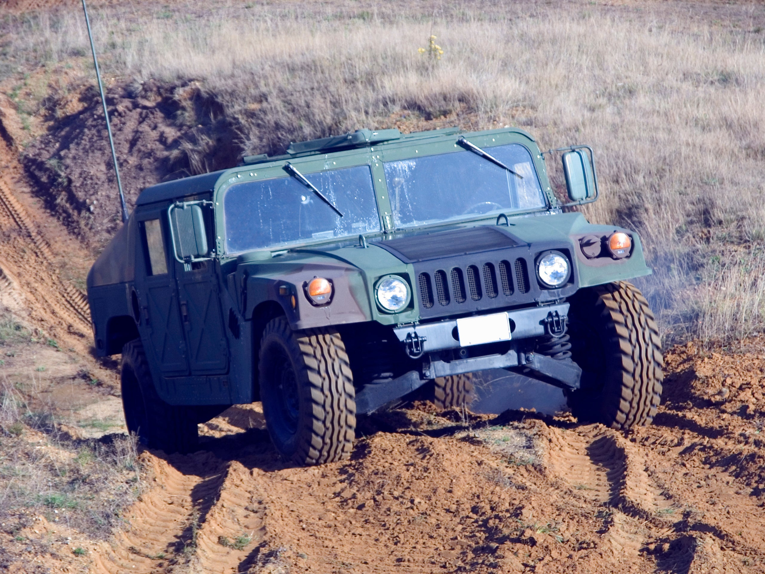 Army Surplus: General Motors Won't Sell You a Humvee -- but the U.S. Army Will -- The Motley Fool