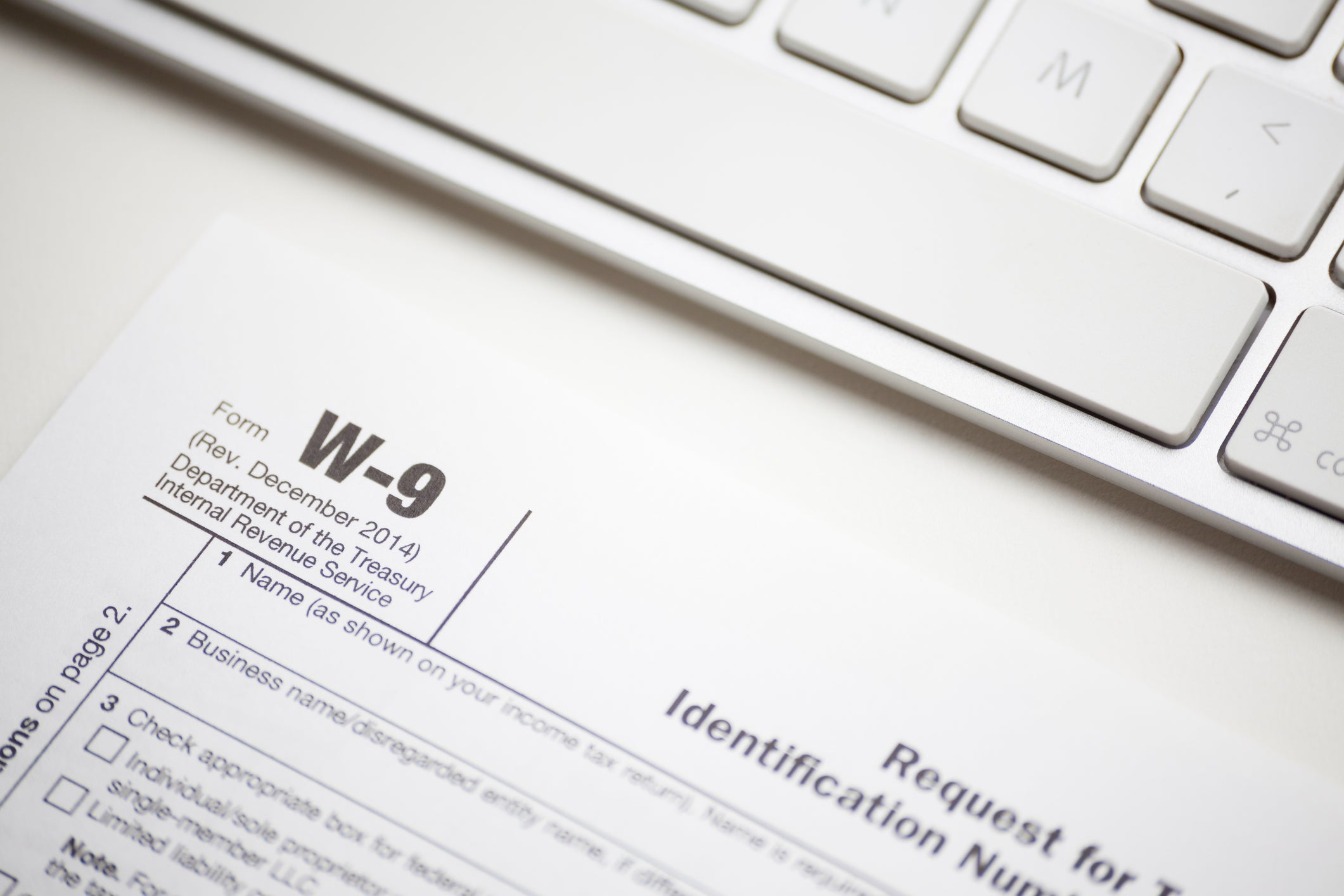 What Is a W-9 Form and Why Do I Need to Complete It? -- The Motley Fool