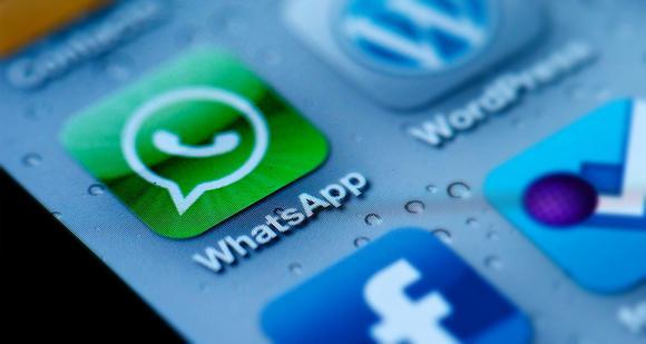 Whatsapp On Phone Sam Azgor Flickr