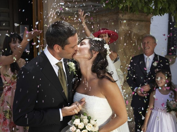 How to Save for a Wedding: A Four-Step Guide