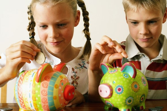 Kids With Piggy Banks
