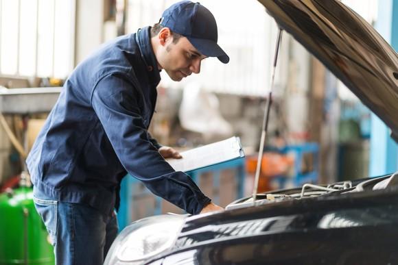 Auto Mechanic Repair Shop Car Vehicle Junker Lemon Repair Diagnostic Engine Getty