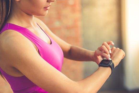 Smartwatch Tech Fitness Apple Fitbit Getty