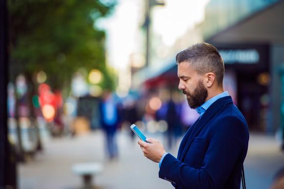 Man reading a text