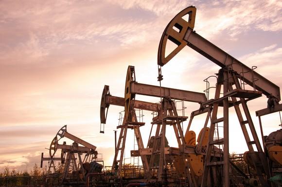 Image of pumpjack oil rigs.