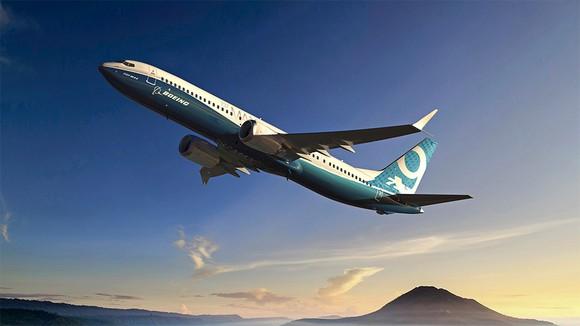 Boeing 737-9 ascending.