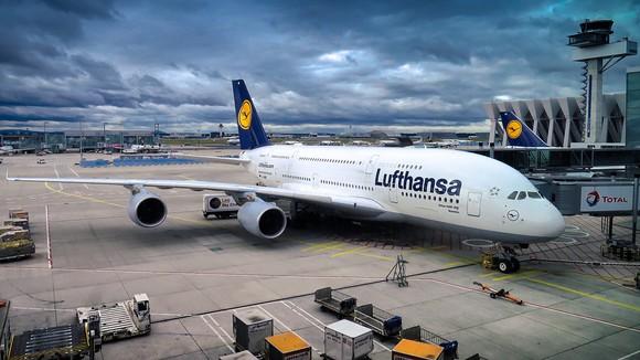 A Lufthansa A380 airplane at the gate