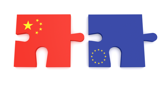 Chinese and Russian puzzle pieces.