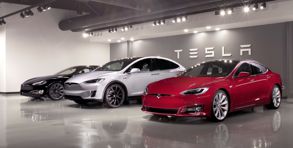 Tesla Model X and S vehicles.