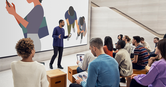 Apple offering classes at its Apple Store.