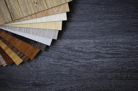 Laminate flooring samples.