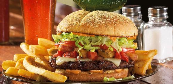 Red Robin's Burnin' Love burger