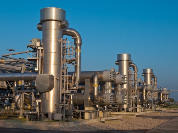 Gas compression units