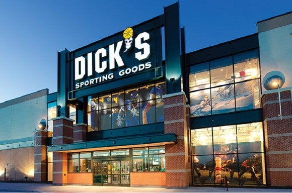 DICK's Sporting Goods store