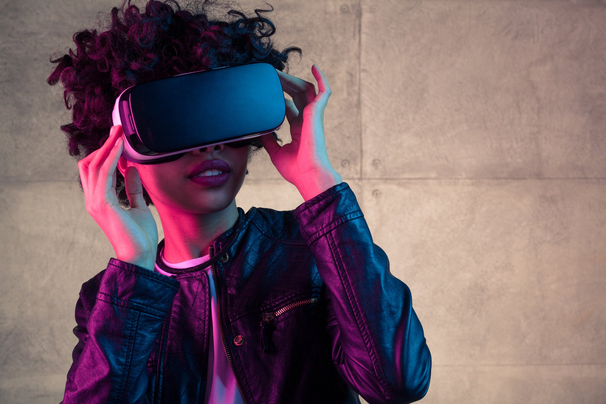 4 Stocks That Will Shape the Virtual Reality Business   The Motley Fool