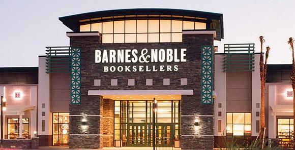 Barnes & Noble storefront.