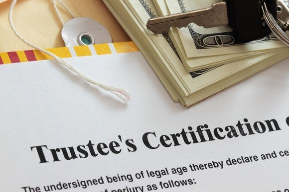 Trustee document with assets.