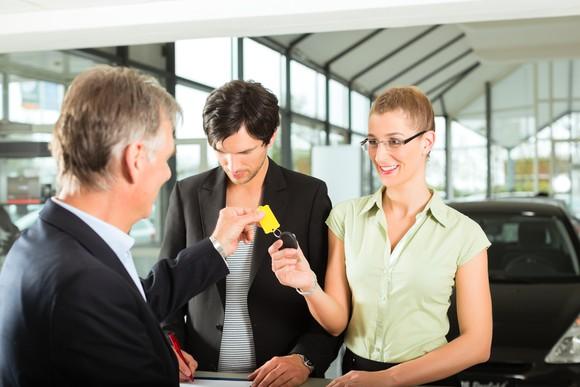 car-rental-sales-dealership-agency-getty