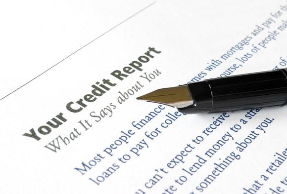 A description of a person's credit report.