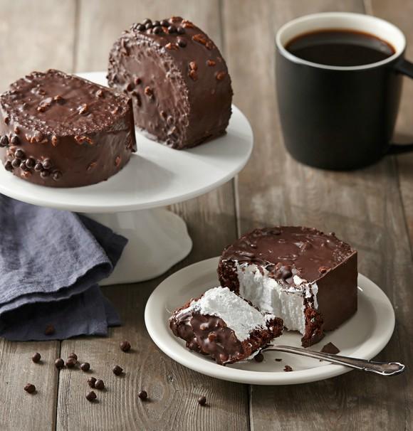 Chocolate Crunchy Roll