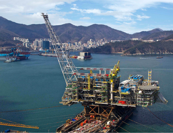 Oil platform under construction
