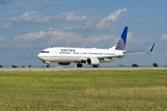 United Airlines plane on tarmac.