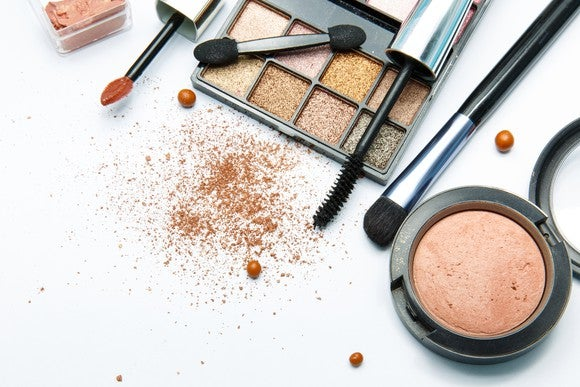 Image shows an assortment of open makeup.