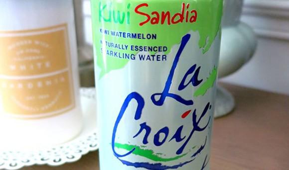 A can of kiwi sandia La Croix.