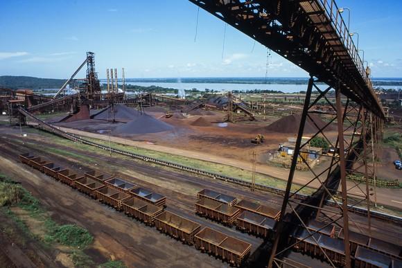 Iron ore loading facility