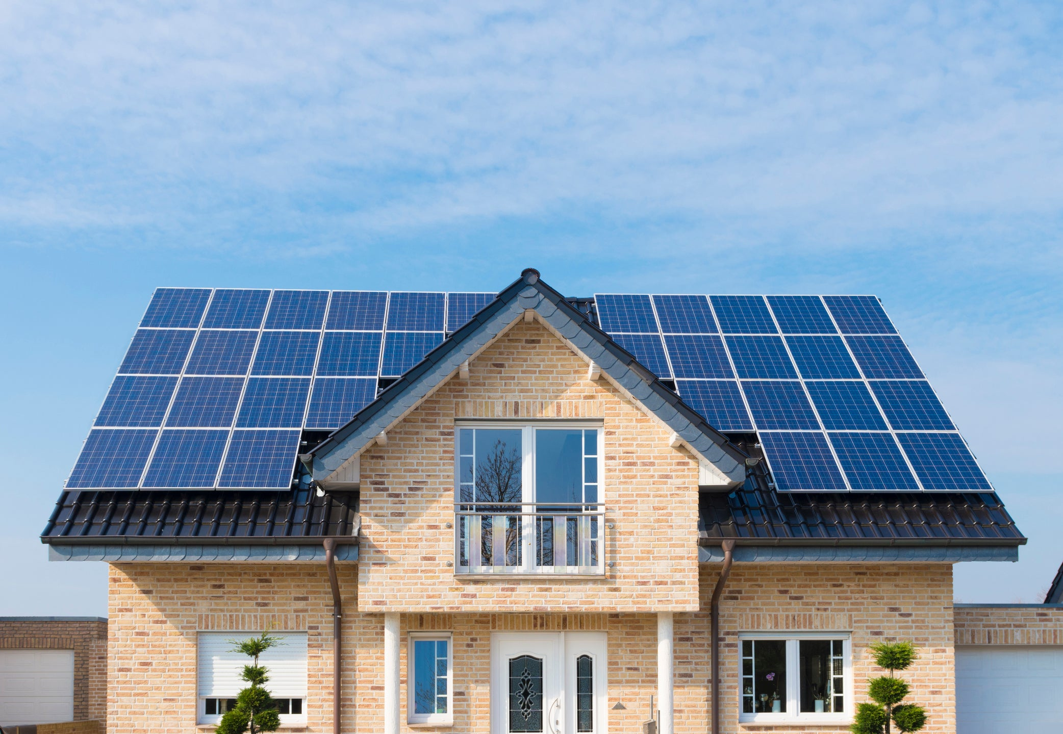 Tesla's SolarCity Buyout Looking Worse By the Day