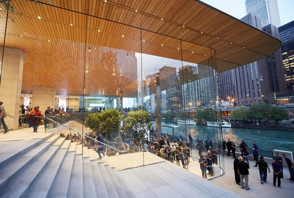 Exterior view of Apple's new store on Michigan Avenue