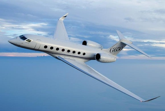 A Gulfstream G650 business jet in flight