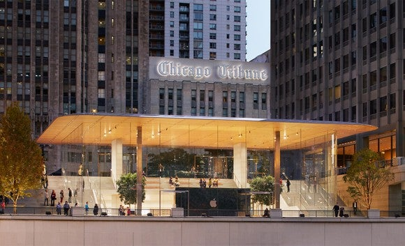 Apple Store on Michigan Avenue in Chicago