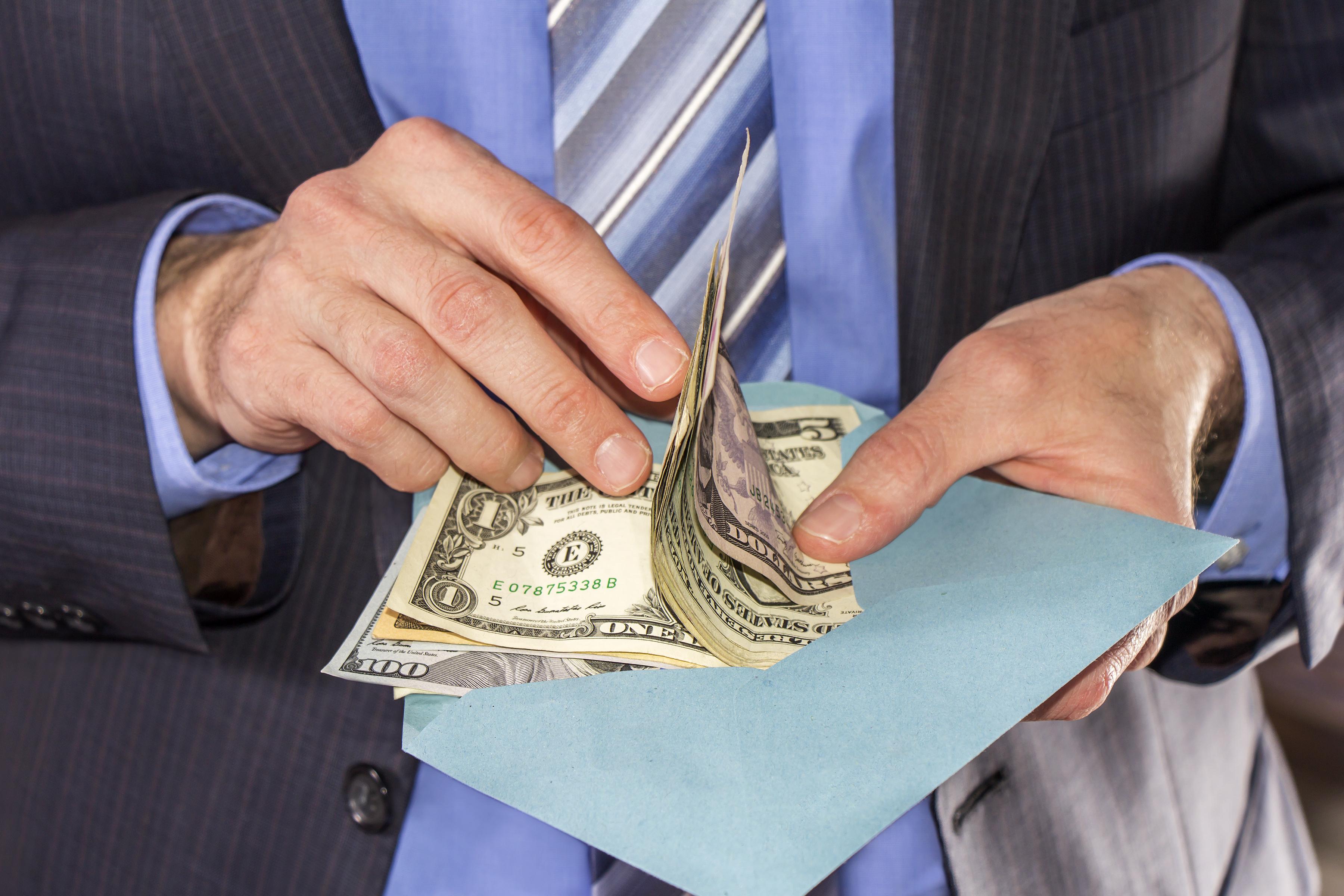 Why You Need a Raise Instead of a Bonus | The Motley Fool