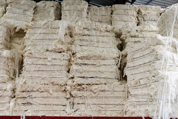 Paper pulp in stacks