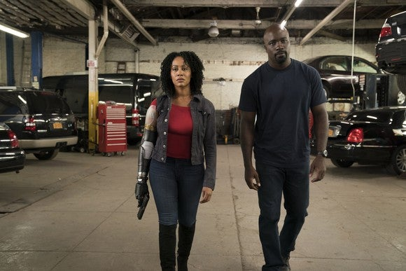 Characters Luke Cage and Misty Knight from Marvel's Luke Cage.