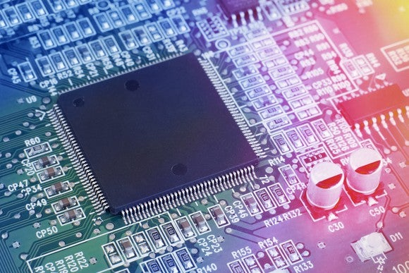 Semiconductor chip on circuit board technology