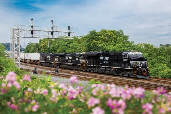 Not Even a Congested Rail Network Could Slow Down Norfolk Southern's Earnings Growth