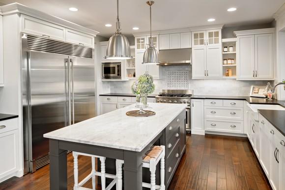 Quartz countertops in a kitchen