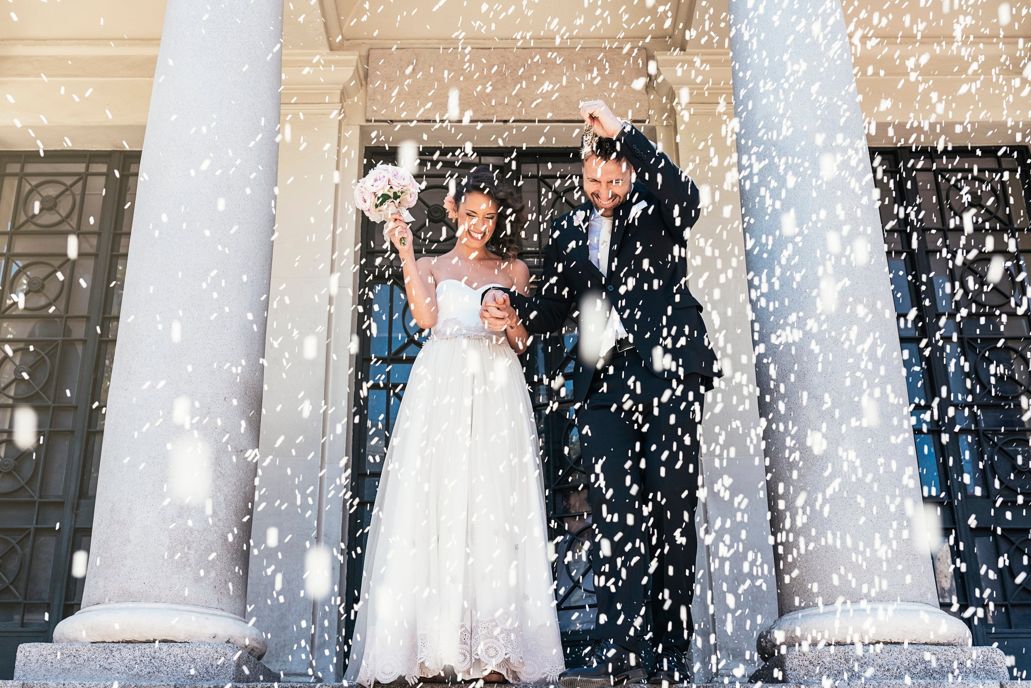 Here S How Much The Average Wedding Costs Though You Can Pay Less Motley Fool