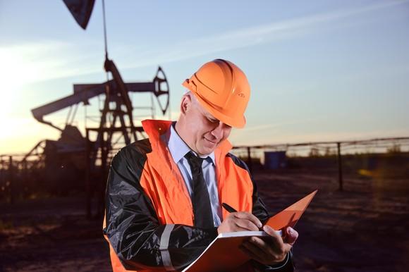 Better Buy: ConocoPhillips vs. ExxonMobil Corporation