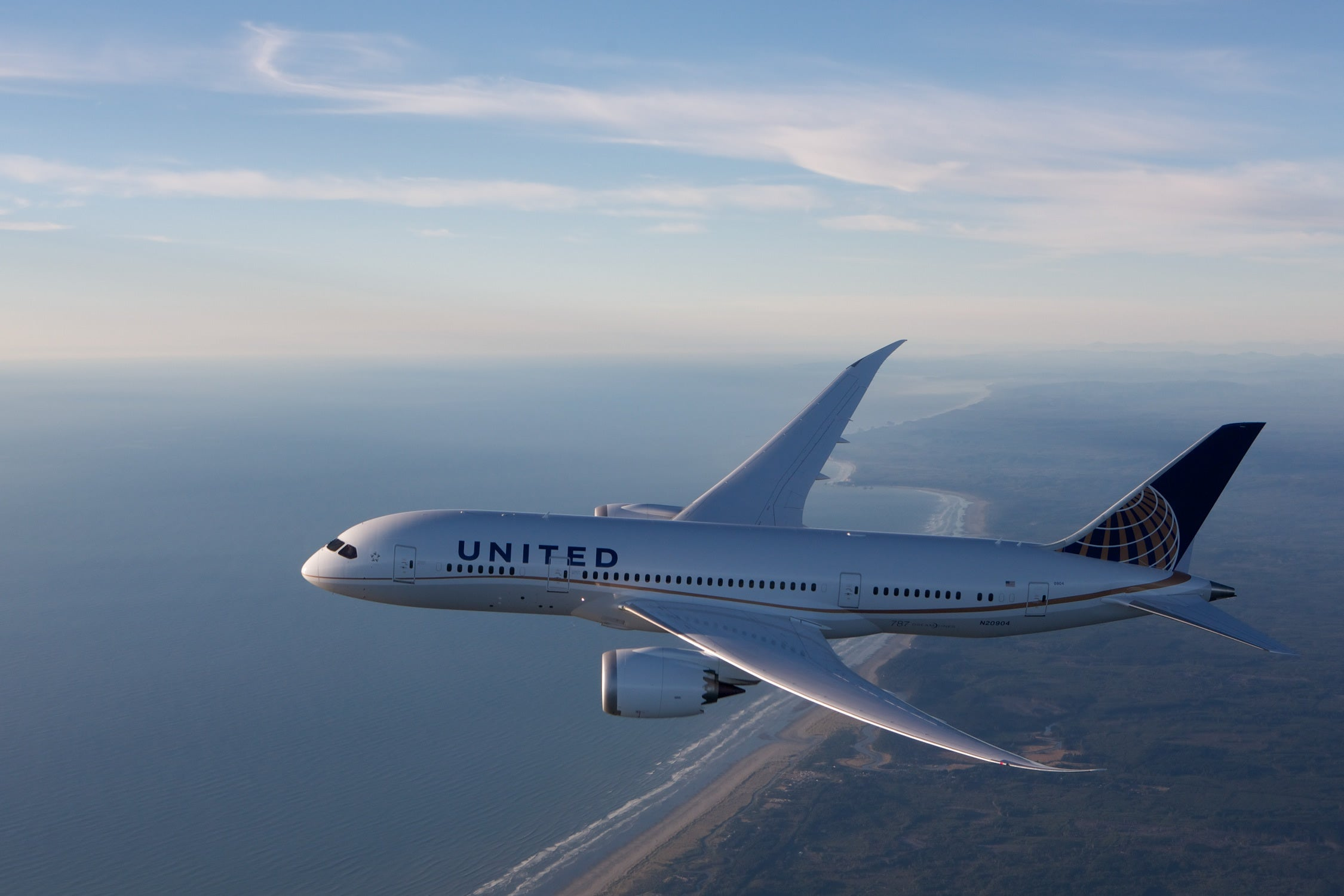 United Airlines Expands Its Boeing 787 Dreamliner Plans -- The Motley Fool
