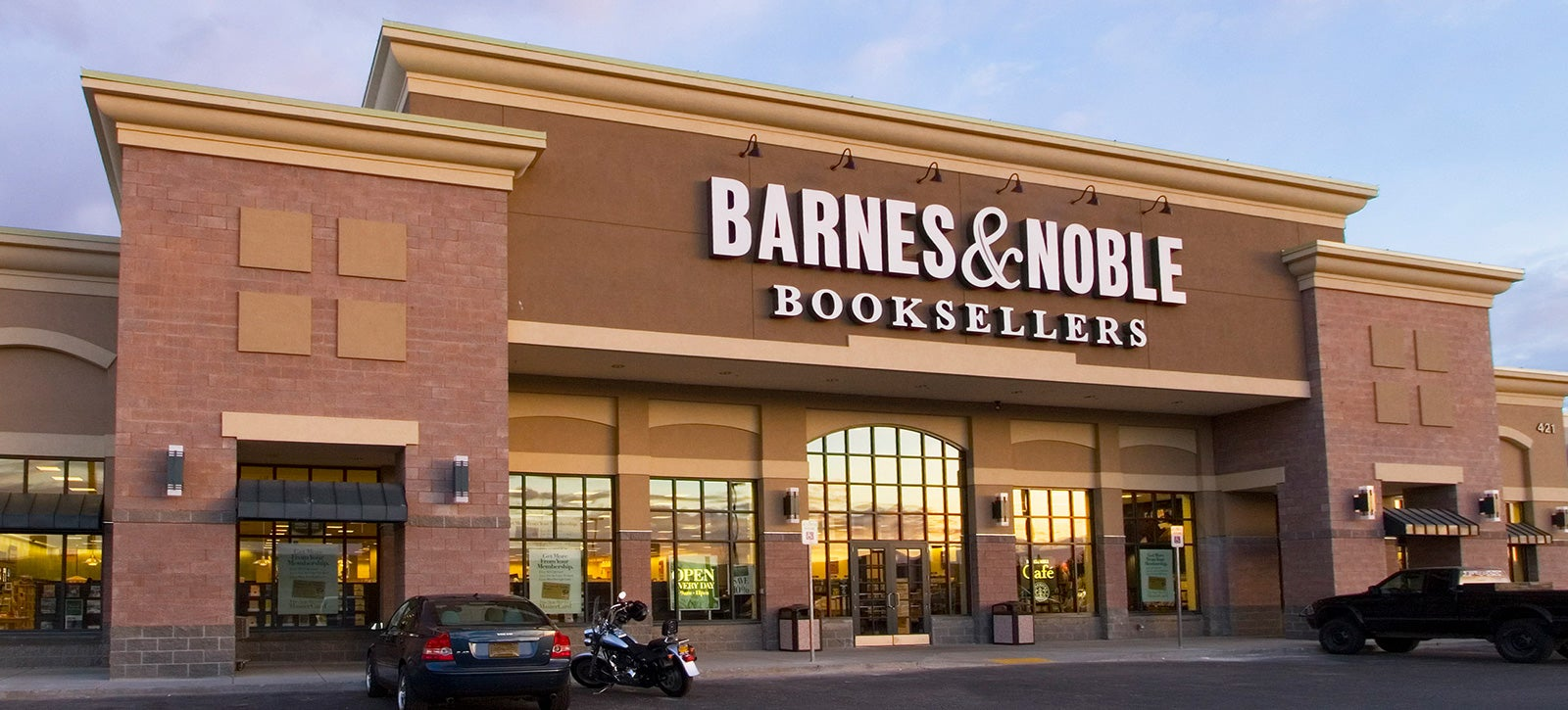 Barnes & Noble Could Succumb to the Retail Apocalypse ...