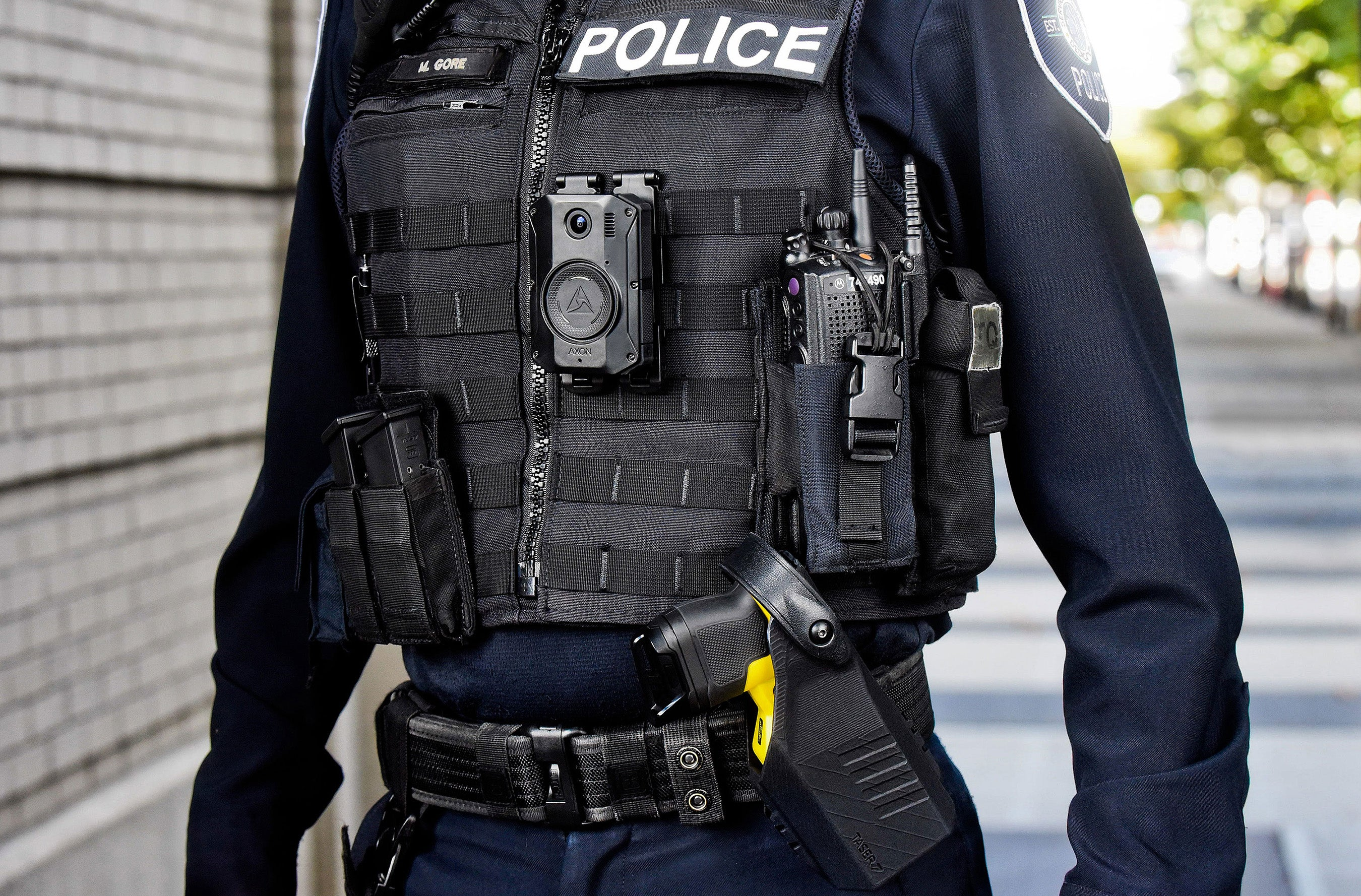 Police officer wearing Axon Body 3 camera and Taser 7.