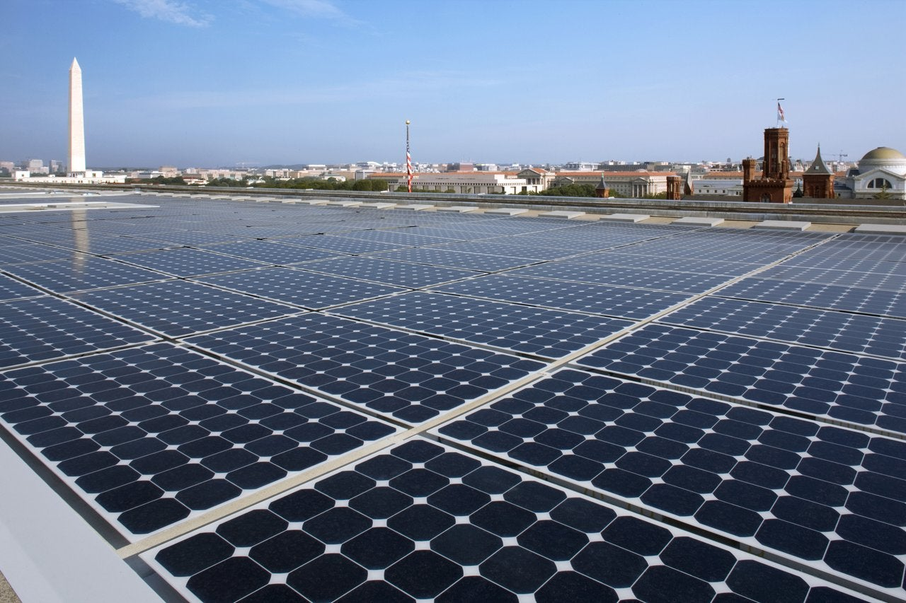 Large rooftop solar installation in Washington DC.
