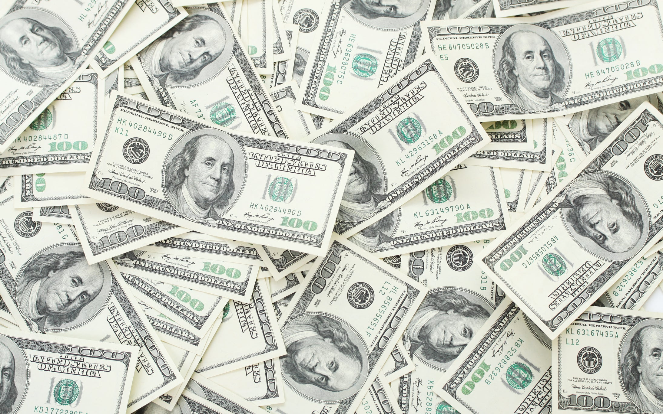Most People With $1 Million Don't Consider Themselves Wealthy | The Motley Fool