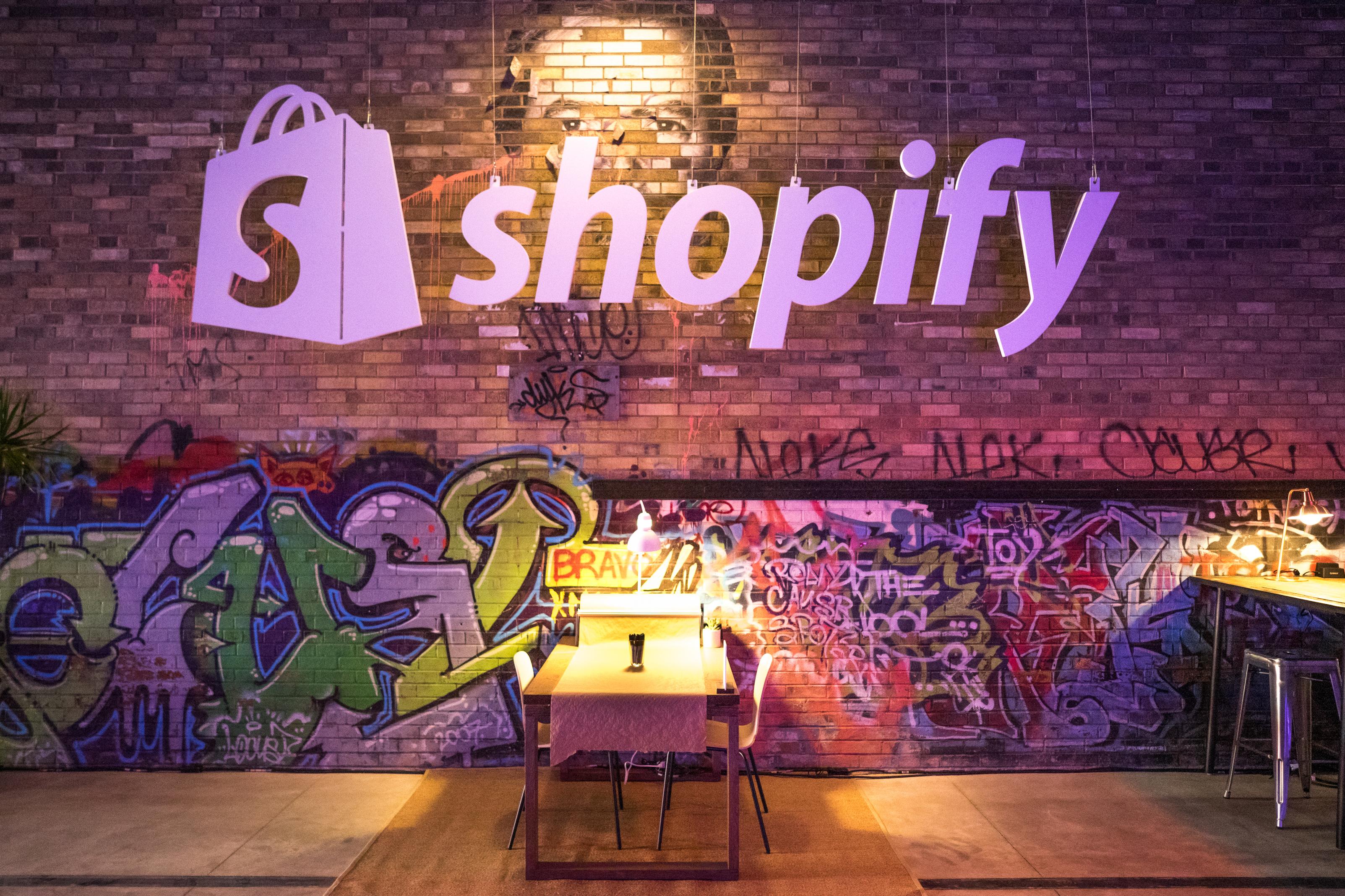 Shopify Makes a $450 Million Move to Take On Amazon | The