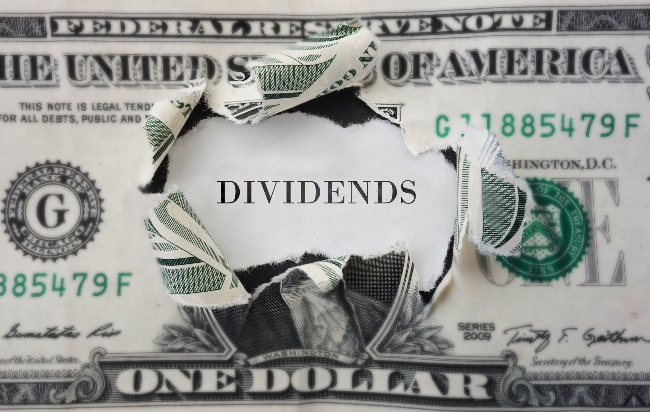 3 Reasons to Invest in Dividend Stocks | The Motley Fool