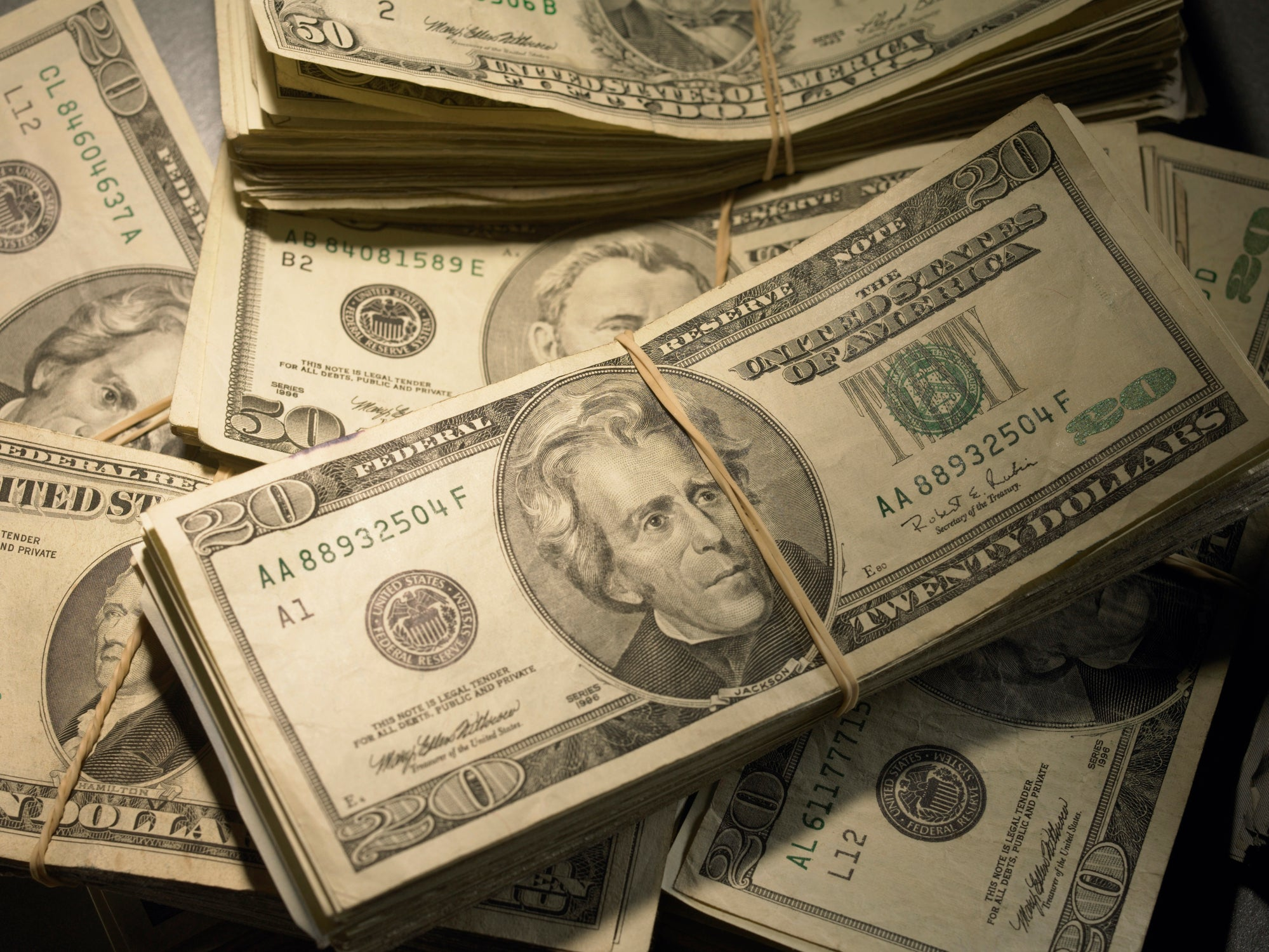 Here's Why I Stockpile Cash in the Bank | The Motley Fool