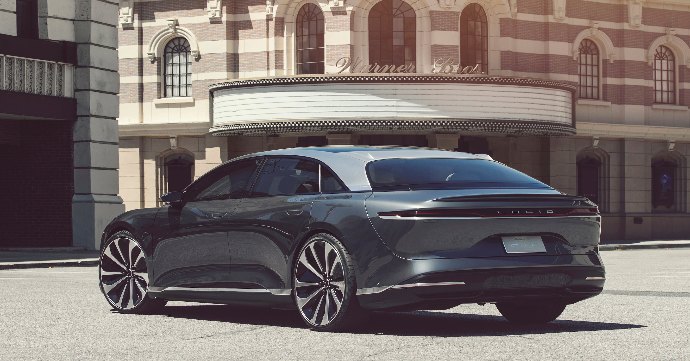 Lucid Motors' Electric Super Sedan Will Bring Tesla ...